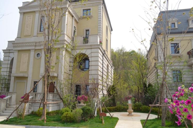 Chateau De Bourdeux