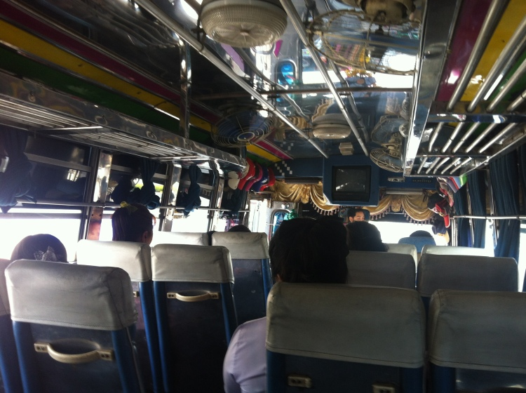Bus to Cha Am