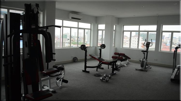 La Belle Residence gym