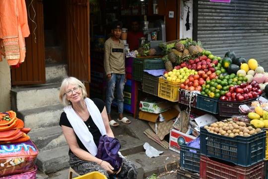 Kalka fruit stand