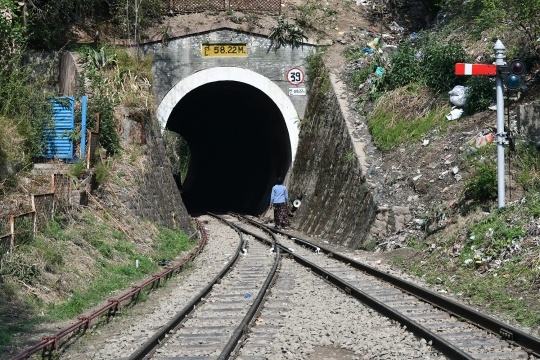 The Kalka–Shimla railway Tunnel at Solan