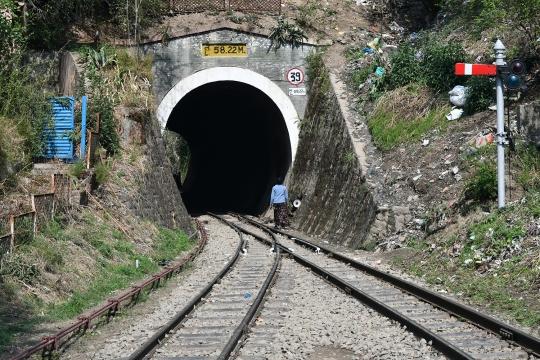 The Kalka–Shimla railway Tunnel at Solan