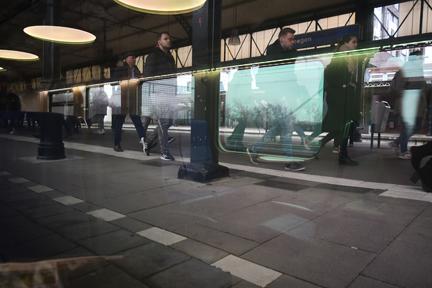 train Arnhem to Nieuwerkerk an de Ijssel